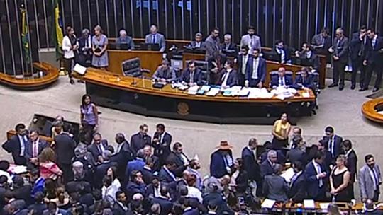 ASSISTA: deputados votam agora sobre destino do Coaf