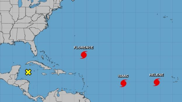 Dois outros furacões também estão se movendo através do Atlântico: o Helene e o Isaac (Foto: NOAA/bbc)