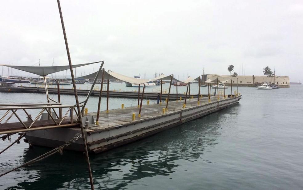 Travessia Salvador - Mar Grande vai suspender atividades às 17h30 (Foto: Rafael Teles/G1)