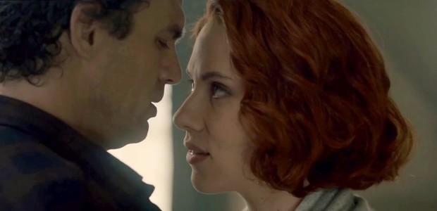 A cena do beijo entre Bruce Banner (Mark Ruffalo) e Natasha Romanoff (Scarlett Johansson) (Foto: reprodução)