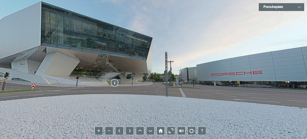 Imagem da área externa do Porsche Museum — Foto: Reprodução