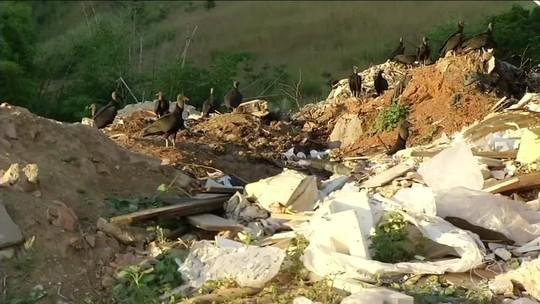 Instituto Estadual do Ambiente interdita lixão em Paraíba do Sul, RJ