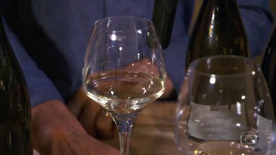Um dos vinhos mais caros do mundo é feito na Borgonha e pode custar mais de R$ 100 mil