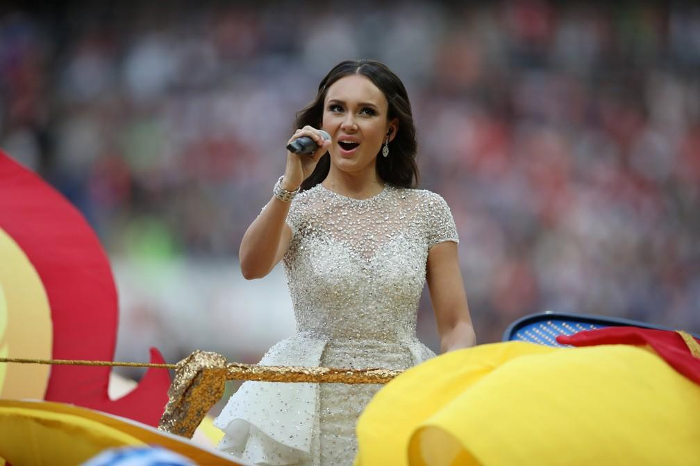 Aida Garifullina canta na abertura da Copa do Mundo 2018, em Moscou, na Rússia (Foto: Carl Recine/Reuters)