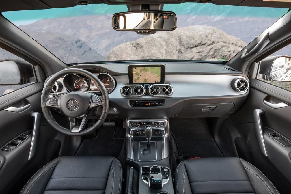 Interior da Mercedes-Benz Classe X 250 (Foto: Divulgação)
