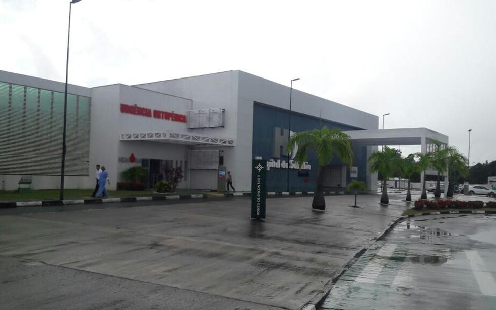 Incêndio atingiu unidade do Hospital do Subúrbio, em Salvador (Foto: Vanderson Nascimento/ TV Bahia)