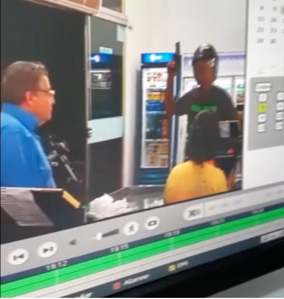 Empresário reagiu a assalto em mercado e bateu em ladrão usando arma indígena em Confresa — Foto: Arquivo pessoal