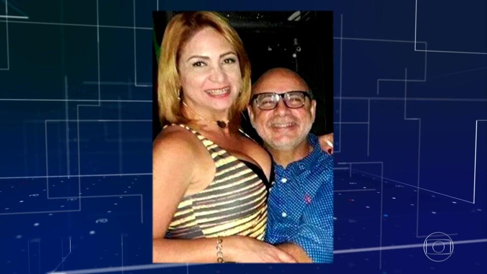 Fabrício Queiroz e a mulher, Márcia de Aguiar — Foto: Reprodução/Jornal Nacional
