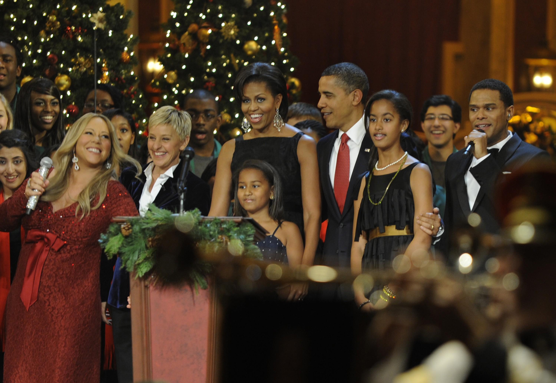 A cantora Mariah Carey em um evento com a presença de Barack Obama e Michelle Obama (Foto: Getty Images)