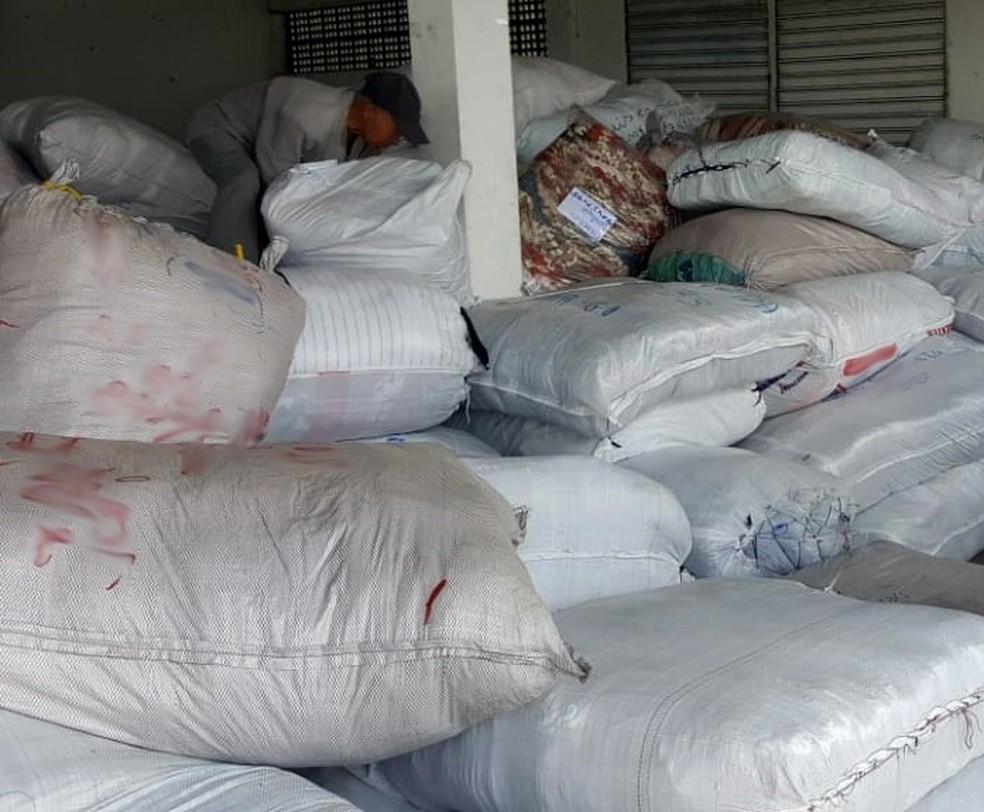 Sefaz apreende 60 mil peças de confecções com irregularidades fiscais em Agrestina