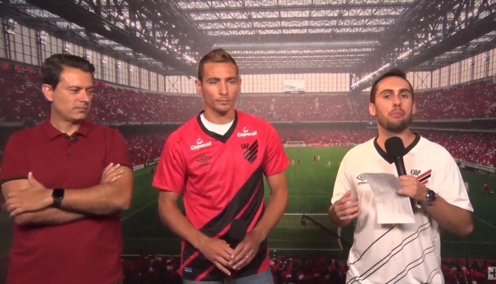 Marco Ruben com a camisa do Athletico — Foto: Reprodução/Youtube