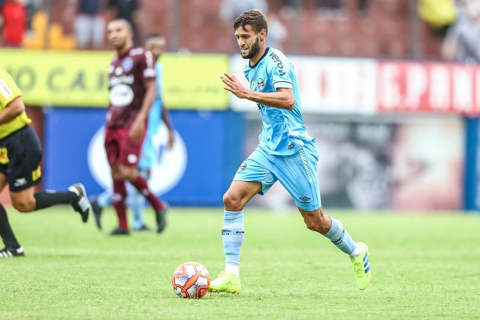 Juninho Capixaba atuou nos 90 minutos contra o Caxias — Foto: Lucas Uebel / Grêmio FBPA