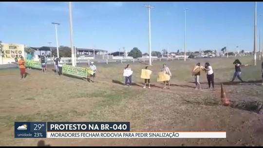 Protesto bloqueia BR-040