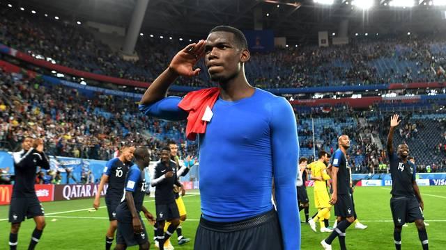 Pogba comemora vitória da França sobre a Bélgica