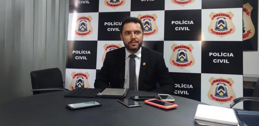Delegado Guido Camilo falou sobre as investigações — Foto: Jesana de Jesus/G1