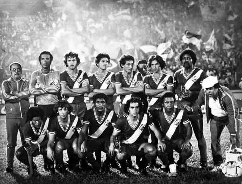 Elenco do Esporte Clube Taubaté, campeão da Divisão Intermediária de 1979 — Foto: Arquivo/EC Taubaté