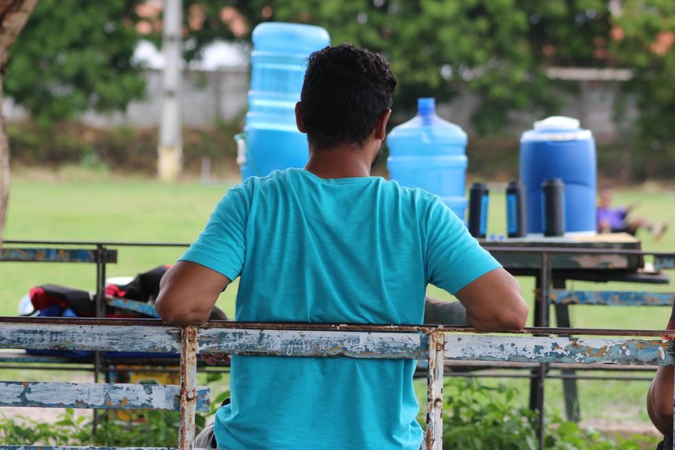 Leonardy  acabou sentindo o tornozelo no último jogo e não participou do treino (Foto: Stephanie Pacheco/GloboEsporte.com)
