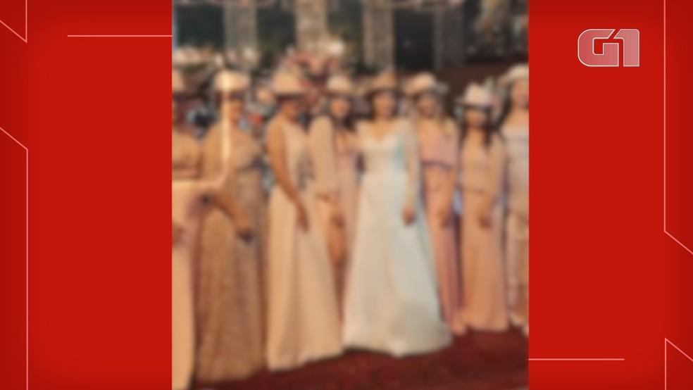 PM identificou 25 convidados de casamento em fazenda de MS; outras pessoas fugiram ao ver viatura — Foto: Redes Sociais/Reprodução