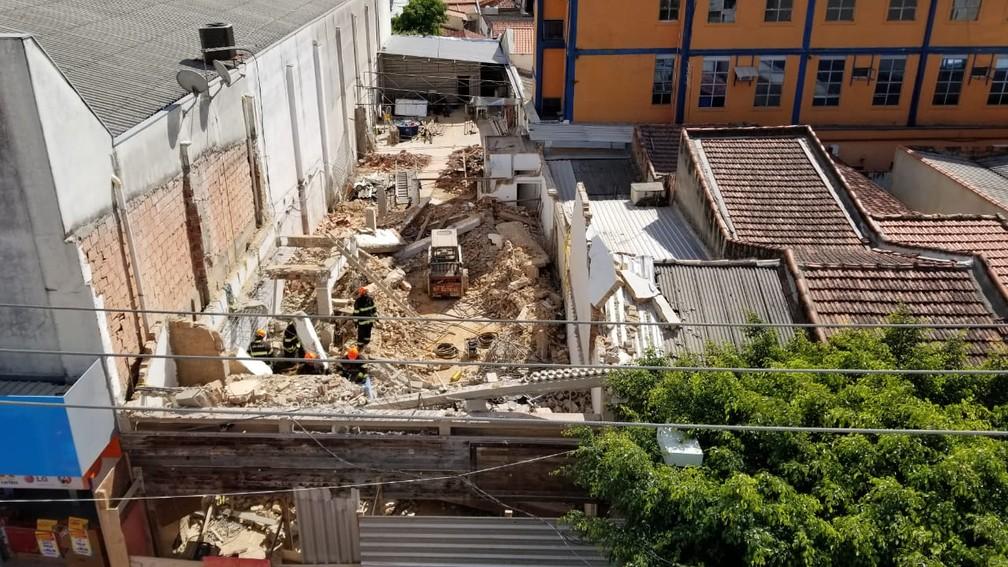 Imóvel em obras desaba em São Roque (Foto: Rafael Barbosa/Jornal Economia)