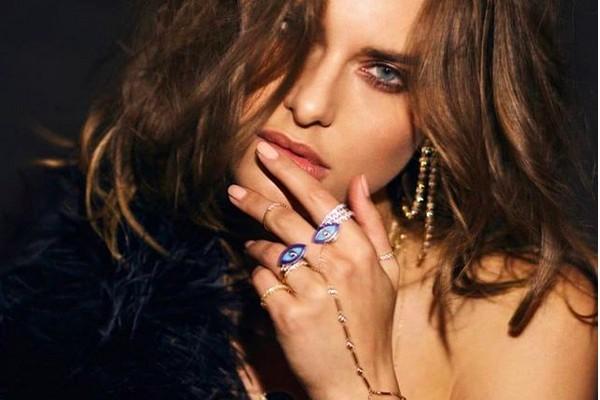 A modelo e estilista Chloe Bartoli (Foto: Instagram)
