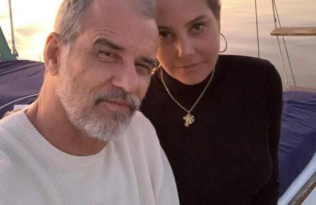 Mauro Farias, diretor de TV e marido de Heloísa Périssé, está curado da doença (Foto: Reprodução/ Instagram)