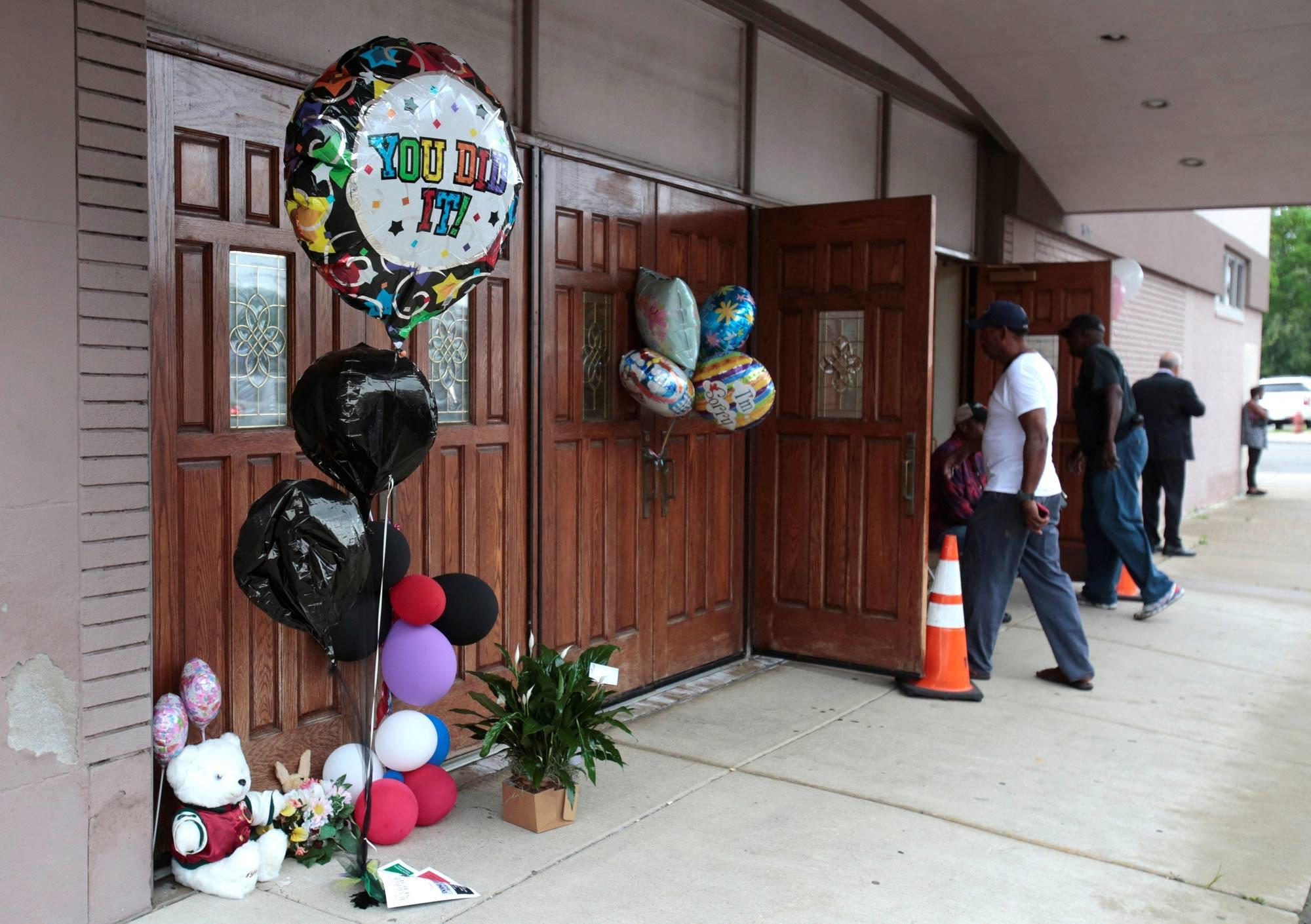 Detroit prepara adeus a Aretha Franklin em mais um dia de homenagens; funeral deve ser em 31 de agosto 2