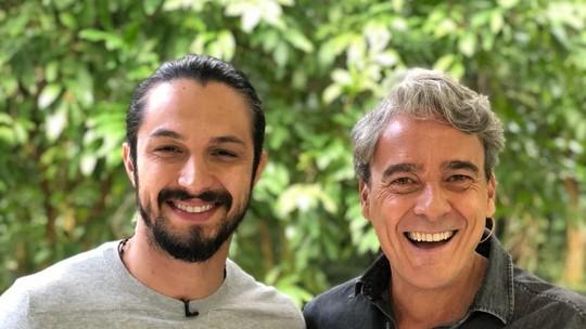 Romulo Estrela e Alexandre Borges falam sobre reta final de 'Deus Salve o Rei' no 'Mais Você'