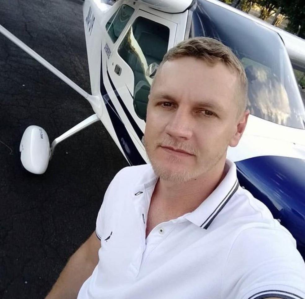 Piloto Leandro Holdefer morreu carbonizado após queda de avião em Teresina — Foto: Reprodução/Instagram