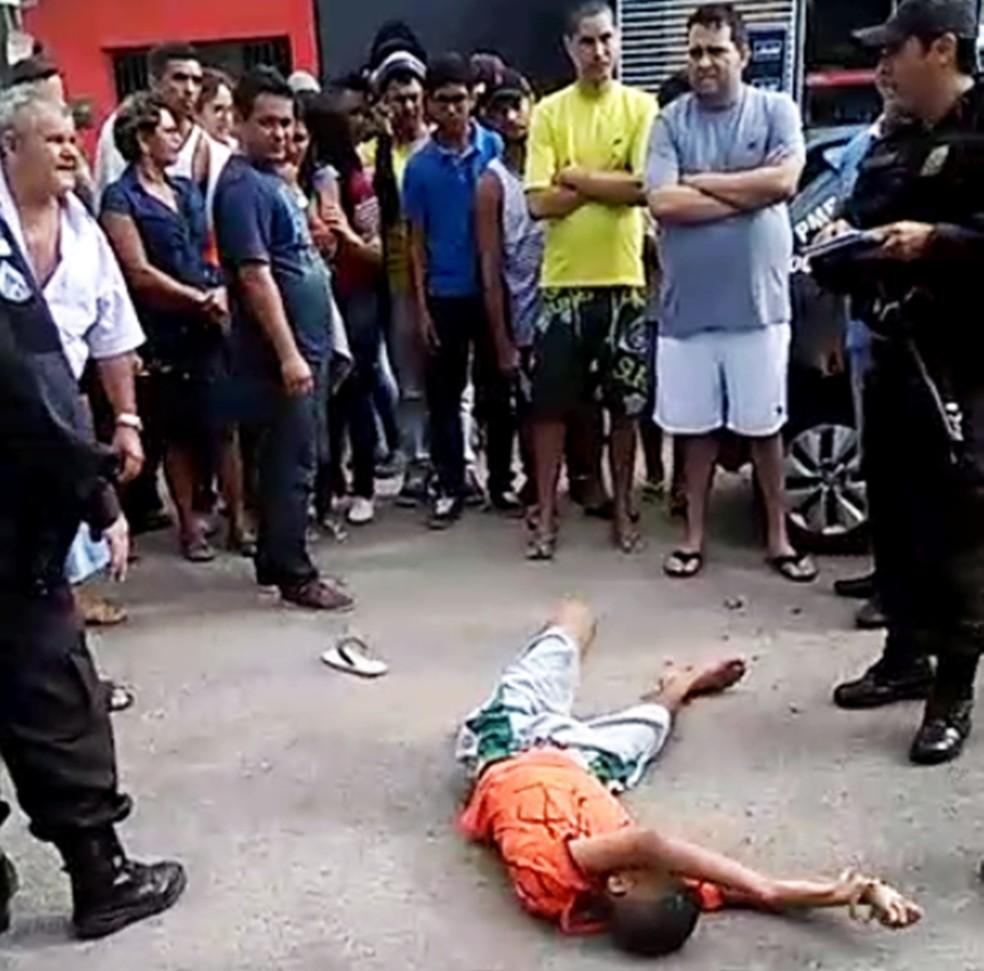 Ferido, adolescente foi socorrido para o Hospital Regional Deoclécio Marques, em Parnamirim (Foto: Divulgação/PM)