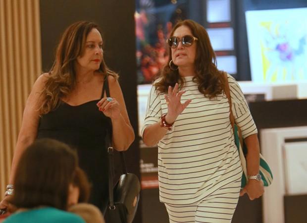 Susana Vieira e a irmã, Suzana  (Foto: Thiago Martins/Agnews)