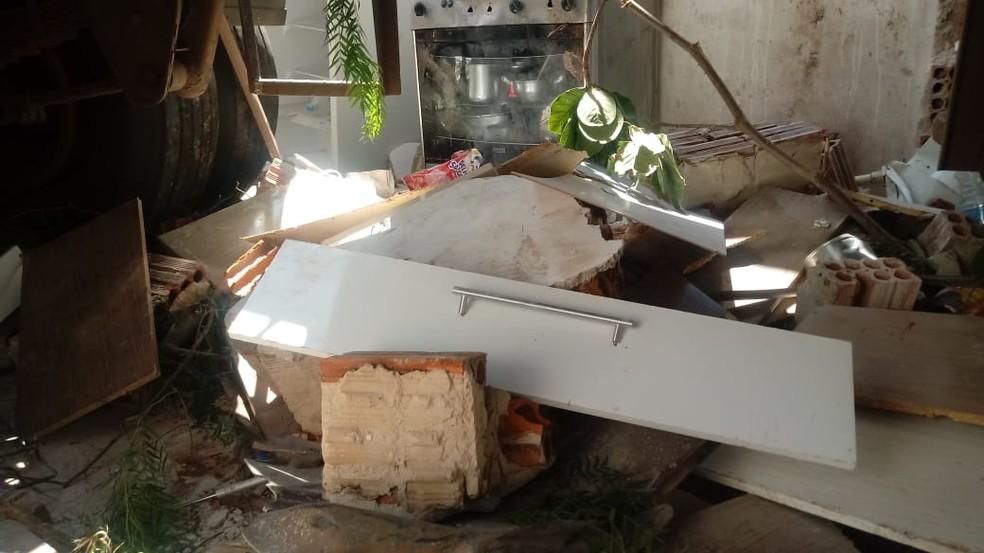 Morador contou que por pouco ninguém foi atingido pelo caminhão em Ourinhos  — Foto: Luan Francis de Almeida / Arquivo pessoal