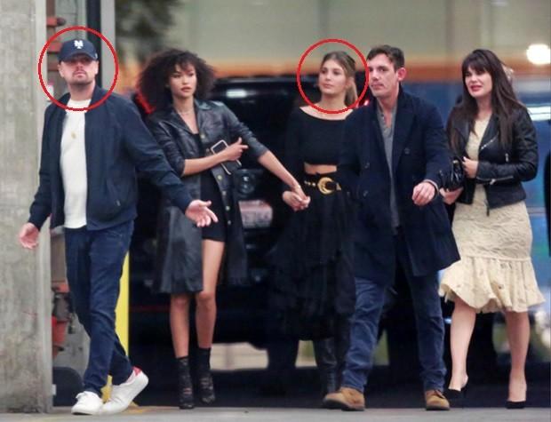 Leonardo DiCaprio e Camila Morrone com amigos (Foto: Grosby Group)