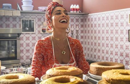 Na quarta (2), o sucesso da nova confeitaria de Maria da Paz (Juliana Paes) incomodará Fabiana, que fará de tudo para destruir sua rival  Divulgação/TV Globo
