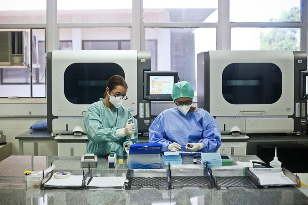 Laboratório Central de Saúde Pública do DF recebe maquinários doados pela Universidade de Brasília — Foto: Secretaria de Saúde/Divulgação
