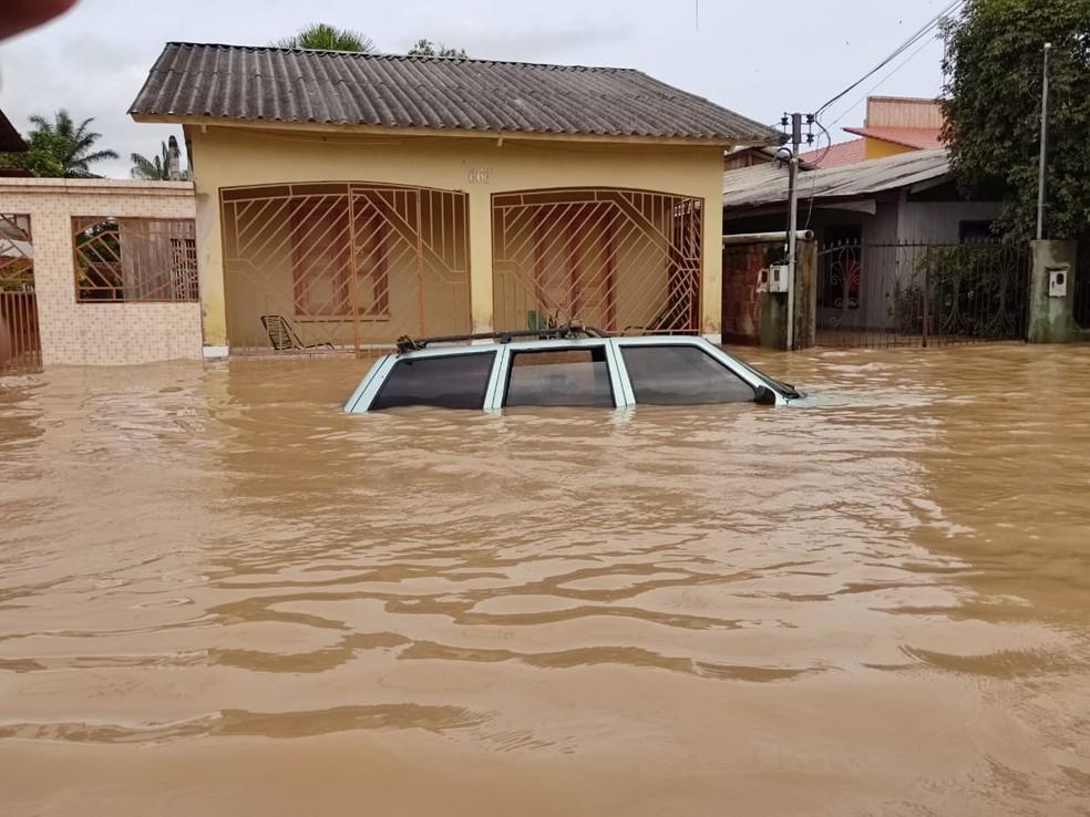 Tarauacá está com 70% da área alagada com a enchente do rio que leva o mesmo nome — Foto: Gleydison Meireles/Arquivo pessoal