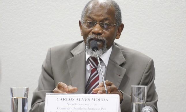 O advogado Carlos Alves Moura, ex-presidente da Fundação Palmares, em audiência pública no Senado