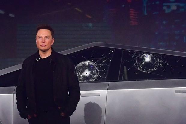 Tesla Cybertruck Fracassa Vidro Prova Balas Elon Musk (Foto: Divulgação)