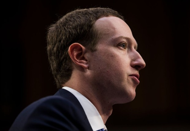 Mark Zuckerberg, CEO do Facebook, no Senado dos EUA (Foto: Zach Gibson/Getty Images)