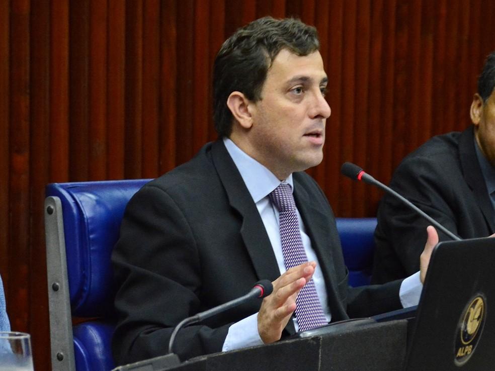 Gervásio Maia é mais um a deixar Assembleia Legislativa da Paraíba para assumir cargo de deputado federal  — Foto: Roberto Guedes/ALPB