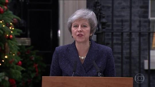 Conservadores decidem hoje se tiram May do poder no Reino Unido
