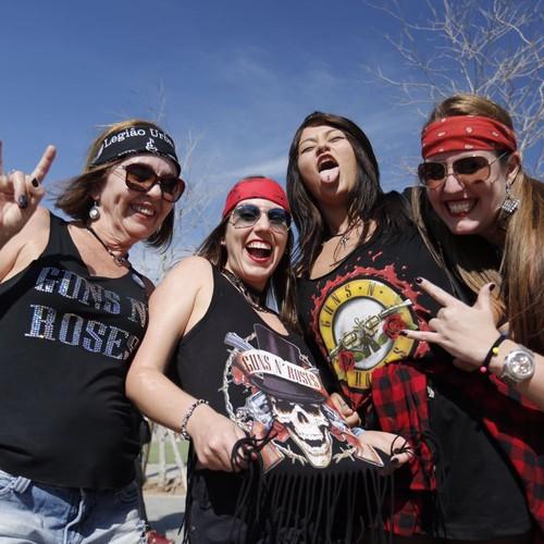Fãs de Guns N' Roses chegam à Cidade do Rock