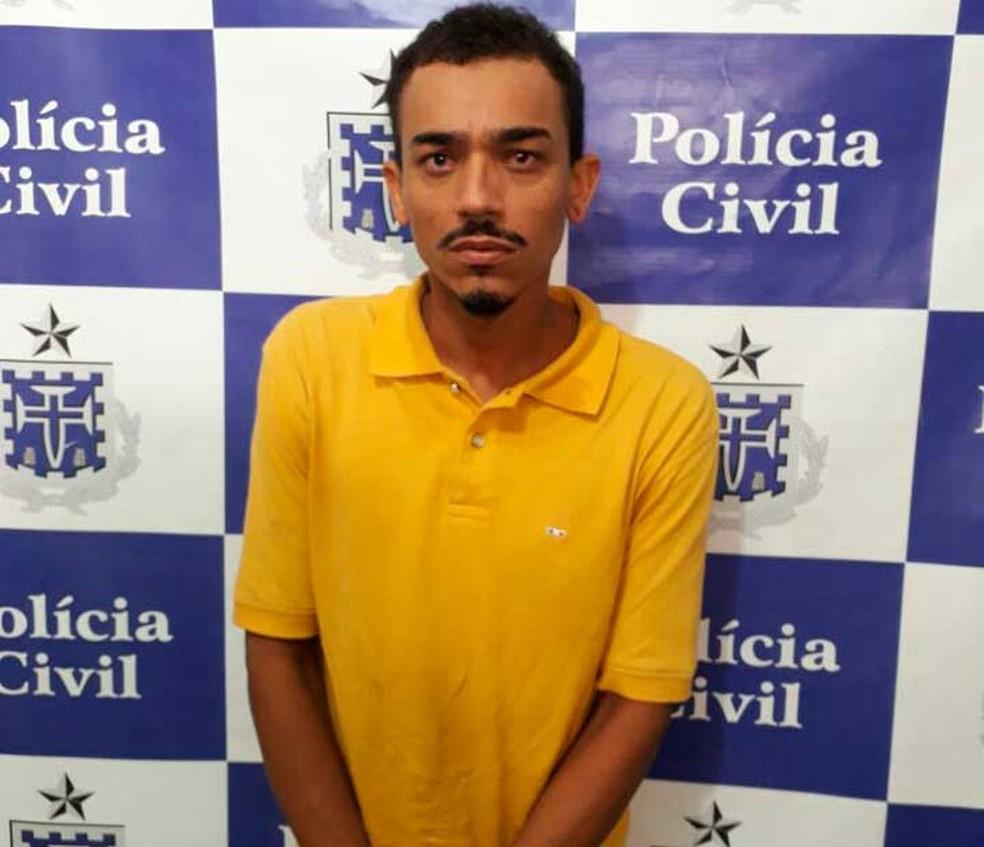 Homem é flagrado se masturbando em ônibus e é preso em Salvador (Foto: Divulgação)
