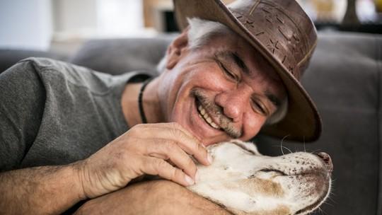 'Amor de Bicho': Jackson Antunes apresenta Melody, cadela labradora de 15 anos