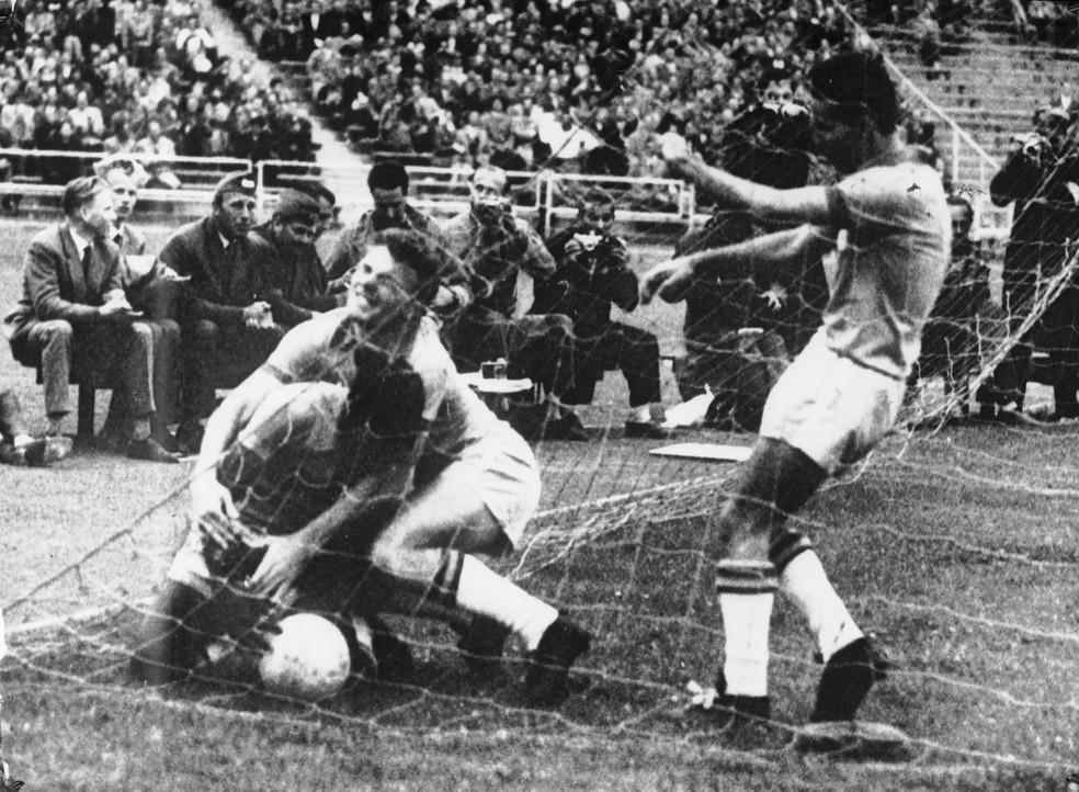 Pelé Copa do Mundo 1958 Gol Brasil (Foto: Divulgação/Fifa)