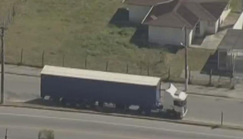 Prefeitura de Jacareí restringe circulação de caminhões (Foto: Reprodução/ TV Vanguarda)