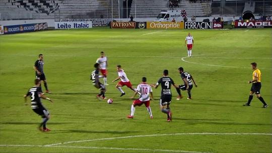 Análise: Corinthians evolui no 4-2-3-1, mas precisa achar soluções urgentes