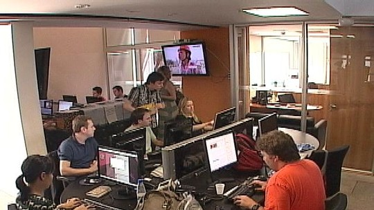 RBS TV completa 50 anos em 2012 de olho no futuro; confira no vídeo