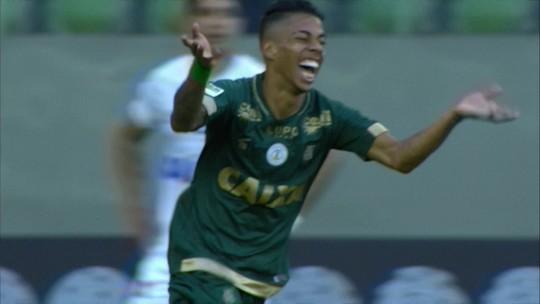 Lançado por Givanildo em 2016, Matheusinho joga no sacrifício e mantém América-MG vivo
