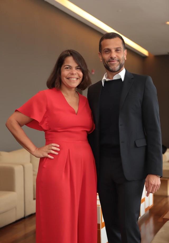 Alexandre Birman, CEO do grupo Arezzo, e Daniela Falcão, diretora-geral das Edições Globo Condé Nast (Foto: divulgação)