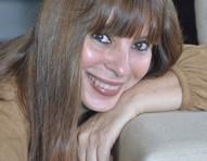 Escritora Marília Arnaud ganha Prêmio Kindle com romance sobre drama familiar
